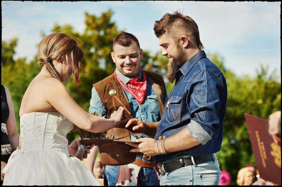 Iza i Mikołaj | Ślub w westernowym wydaniu 9