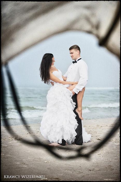 Magda i Rafał | sesja we mgle | plener w stadninie 20