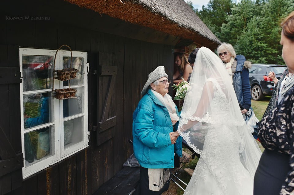 Humanistyczny ślub plenerowy 68