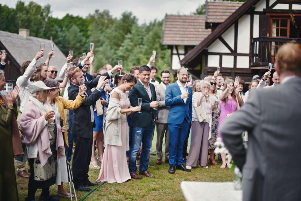 Humanistyczny ślub plenerowy 80