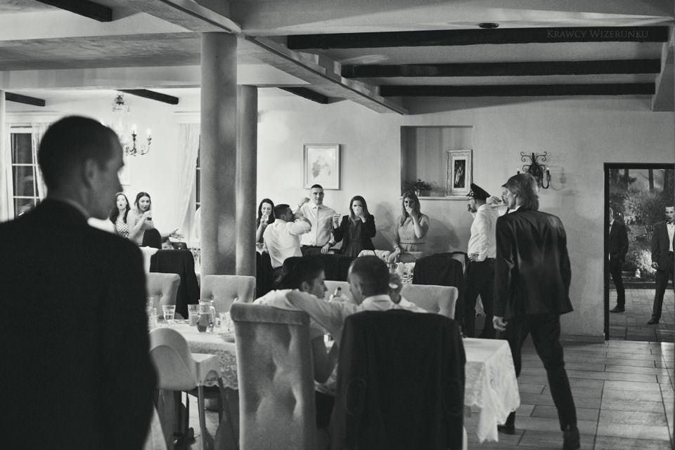 Magiczna sesja ślubna we mgle 66