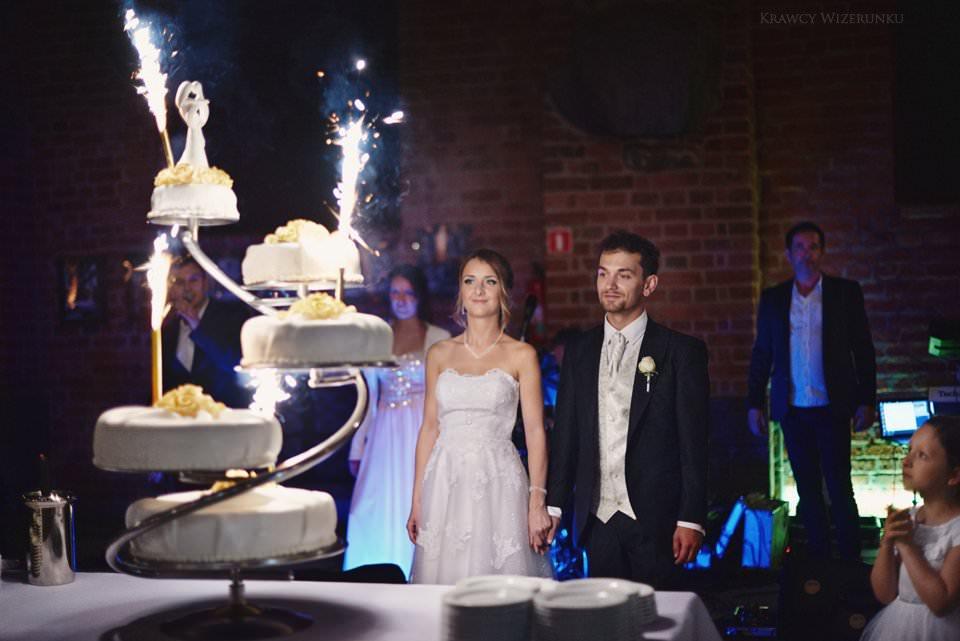 tort ślubny na zamku w gniewie