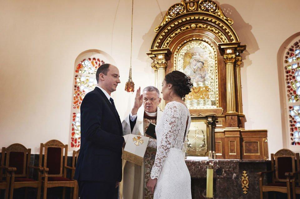 zdjęcia ślubne Kolegiata Gdyńska