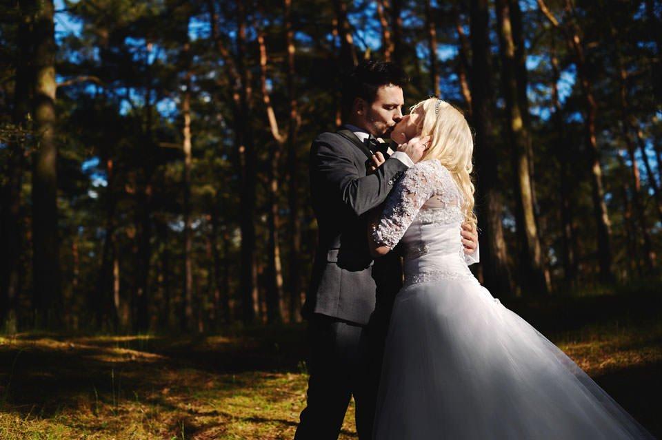 Anna i Grzegorz | Zdjęcia ślubne Gdynia | Sesja w nadmorskim lesie 48
