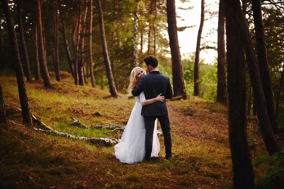 Anna i Grzegorz | Zdjęcia ślubne Gdynia | Sesja w nadmorskim lesie 55