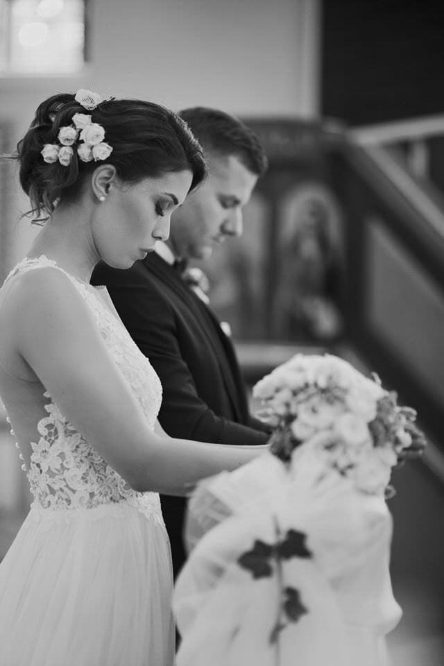 Sesja ślubna z końmi w Otominie 31