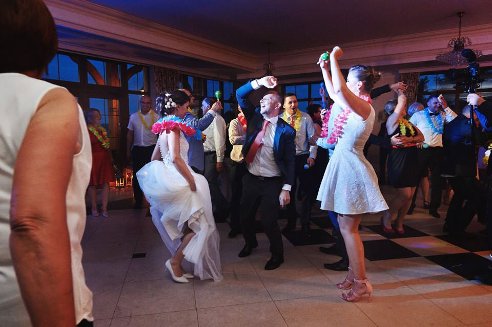 Sesja ślubna z końmi w Otominie 62