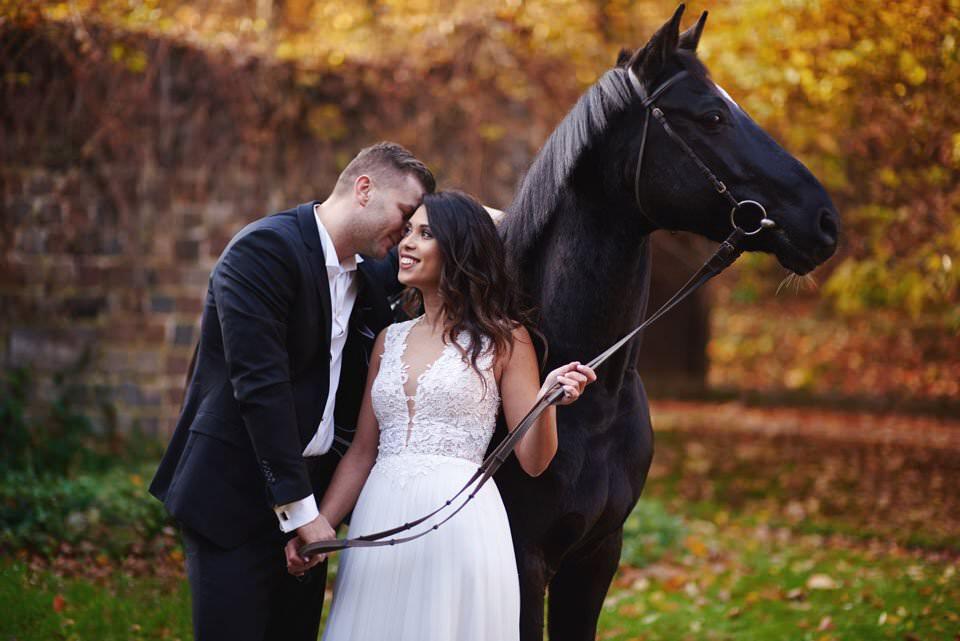 Sesja ślubna z końmi w Otominie 74