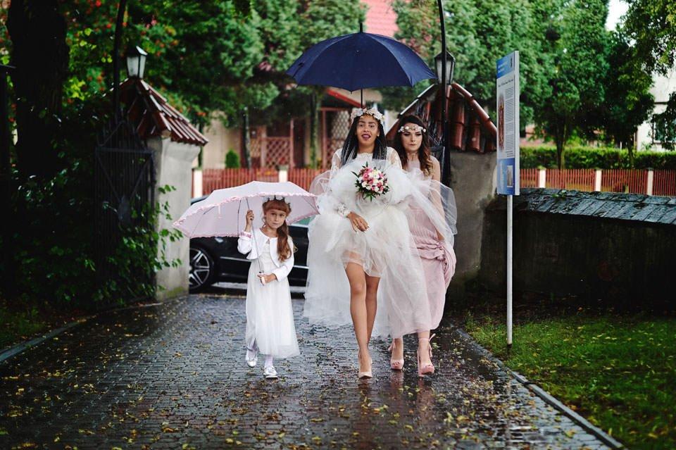 Paulina i Marcin | Dwa burzowe dni | Sesja w parku i na nadmorskim brzegu. 4