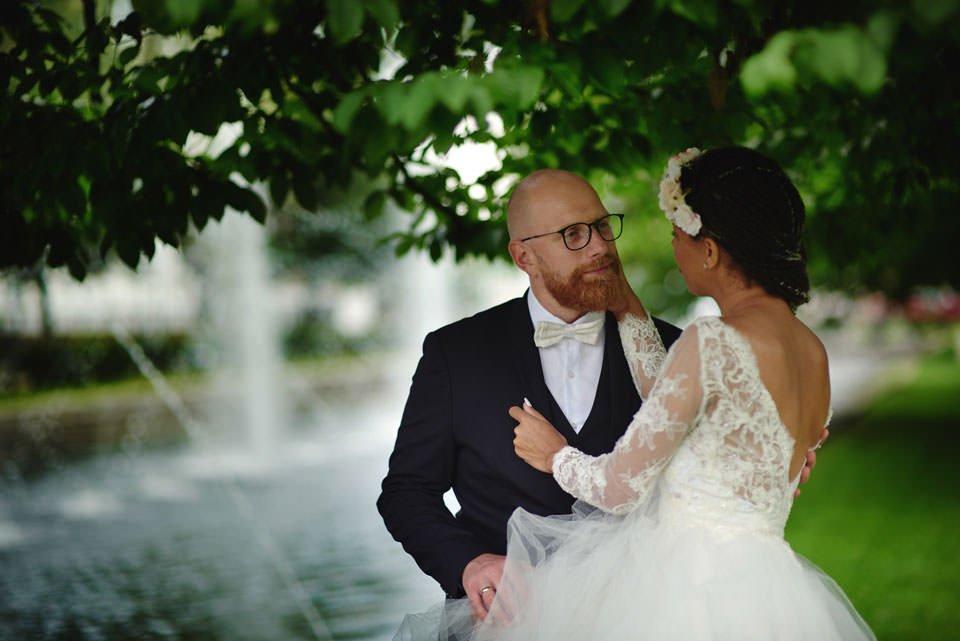 Paulina i Marcin | Dwa burzowe dni | Sesja w parku i na nadmorskim brzegu. 59