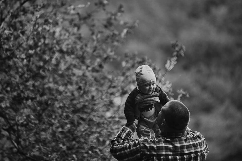 Sesja rodzinna na łonie natury 13
