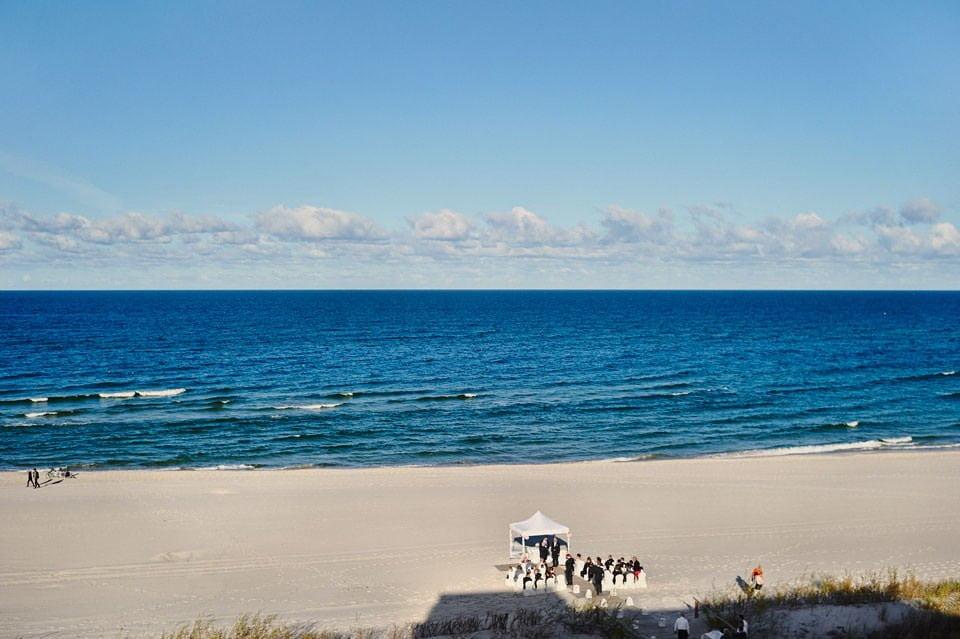 Ślub plenerowy nad morzem 24