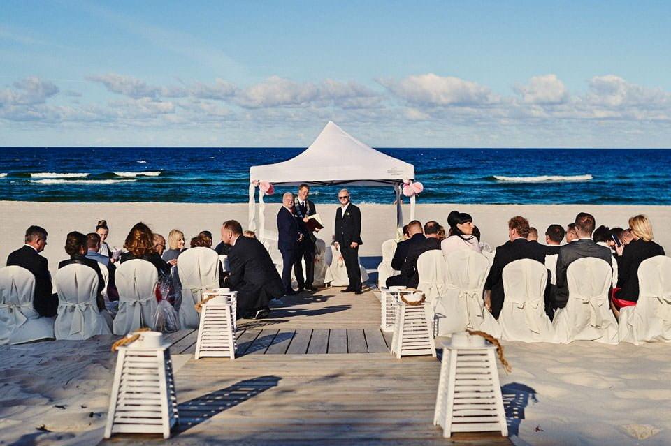 Ślub plenerowy nad morzem 25