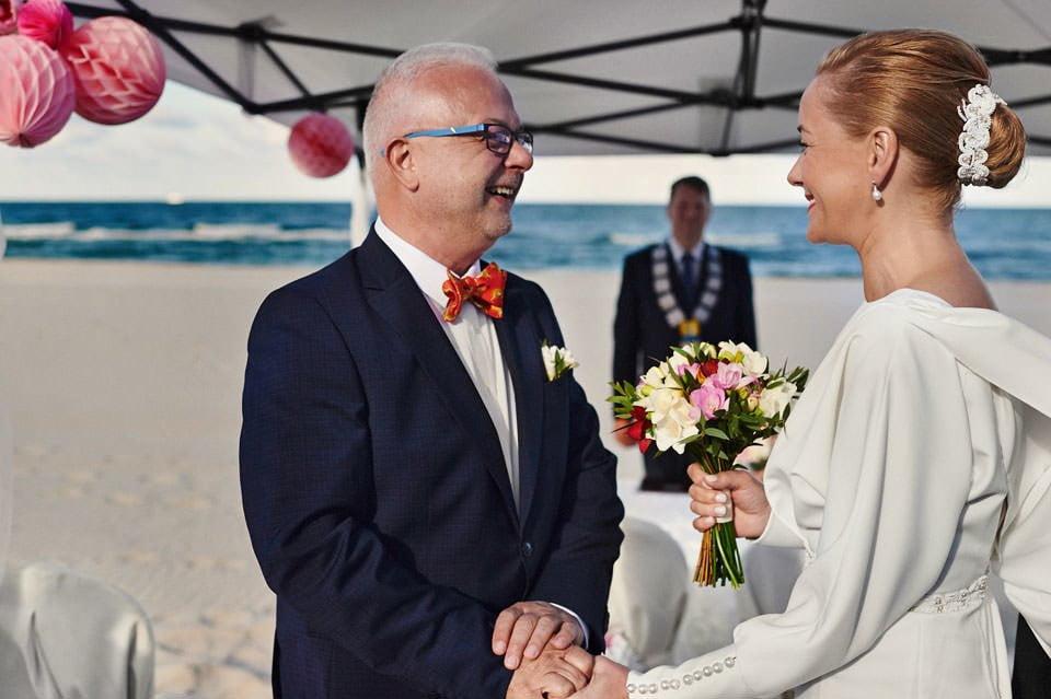 Ślub plenerowy nad morzem 30
