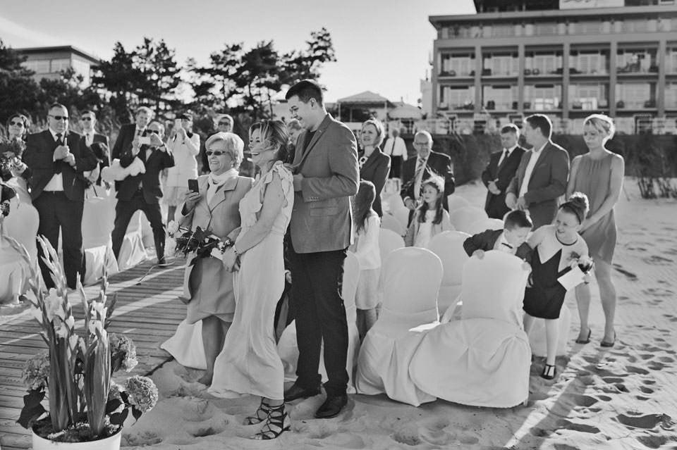Ślub plenerowy nad morzem 37