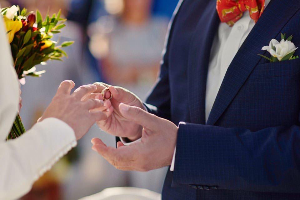 Ślub plenerowy nad morzem 38