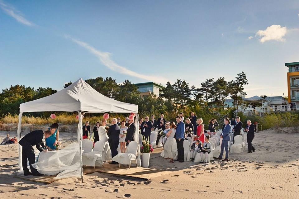 Ślub plenerowy nad morzem 40