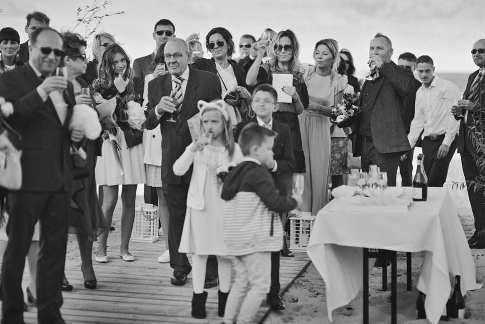 Ślub plenerowy nad morzem 51