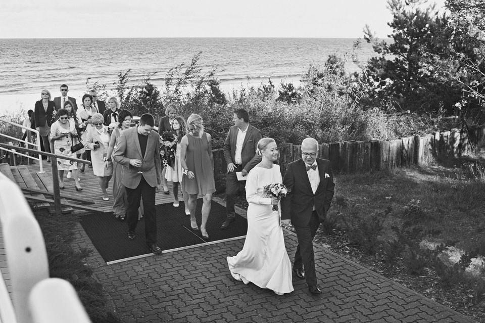 Ślub plenerowy nad morzem 52