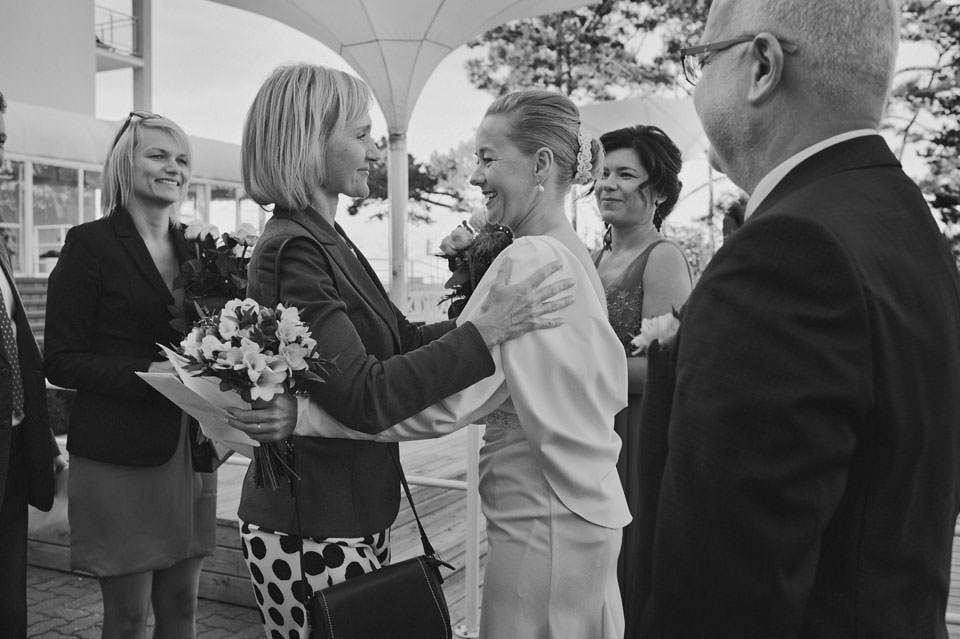 Ślub plenerowy nad morzem 55