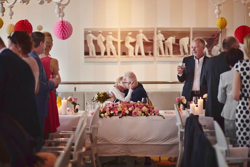 Ślub plenerowy nad morzem 68