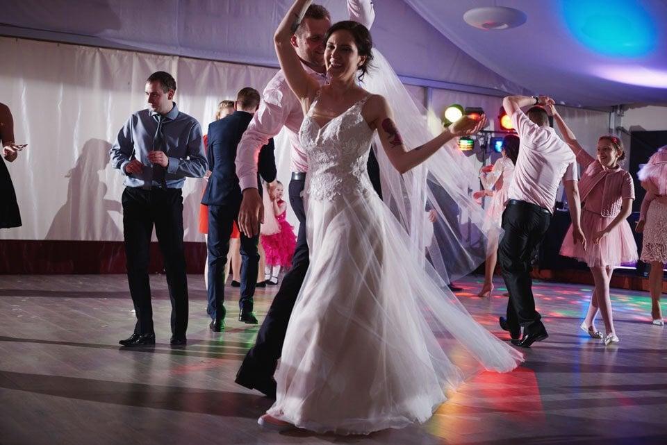 Ślub plenerowy w Kozim Grodzie 71
