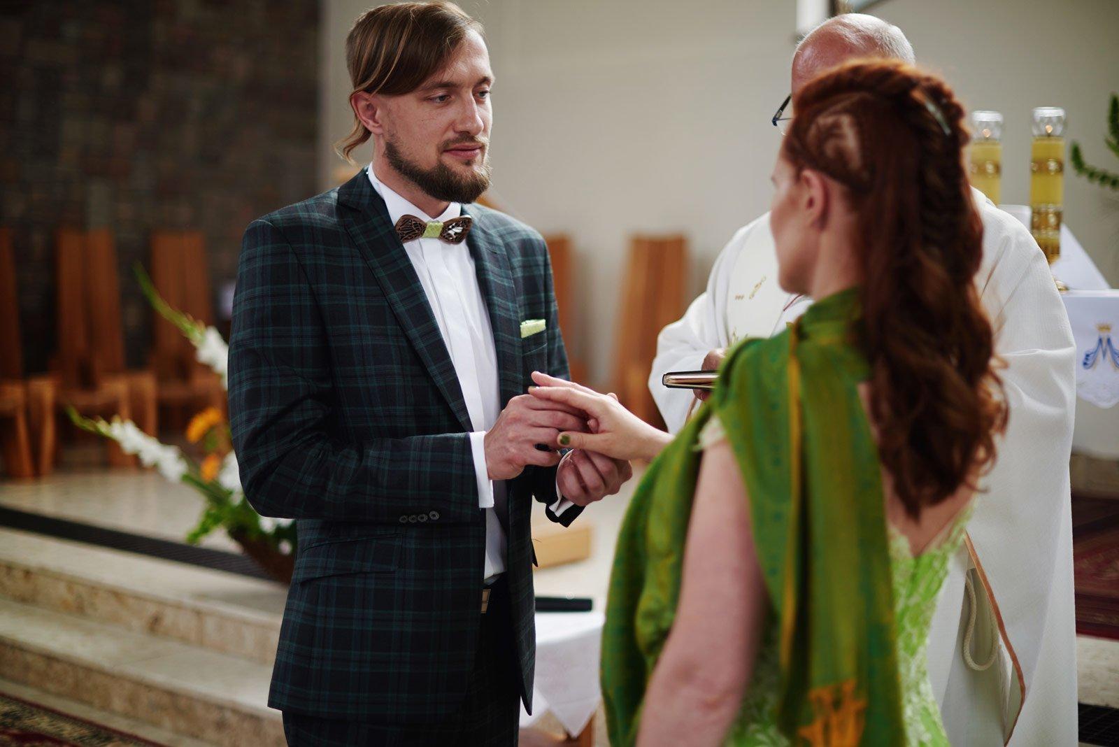 Bezalkoholowe wesele w lesie | Pomorskie | Chatka Gołębiewo 18