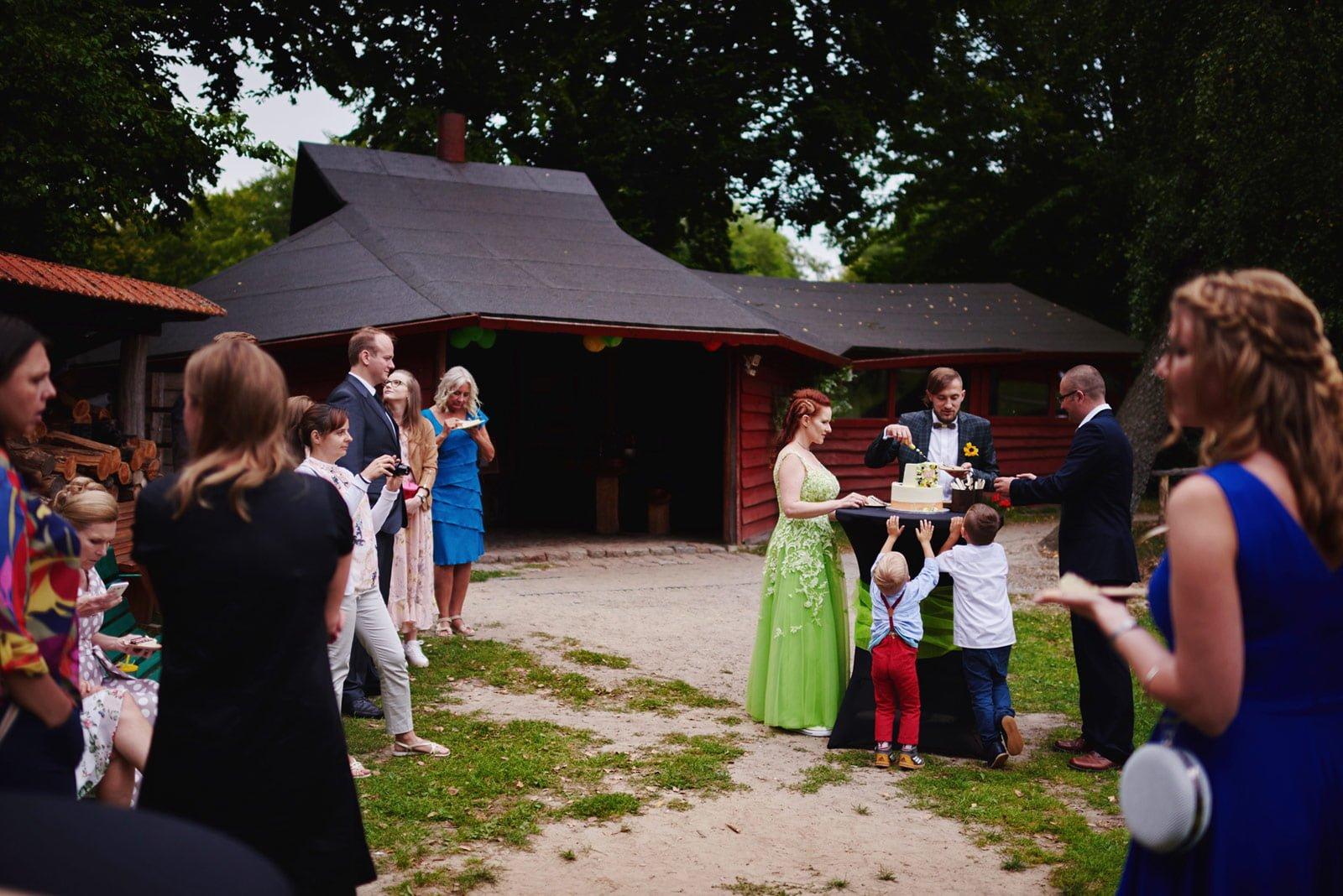 Bezalkoholowe wesele w lesie | Pomorskie | Chatka Gołębiewo 39