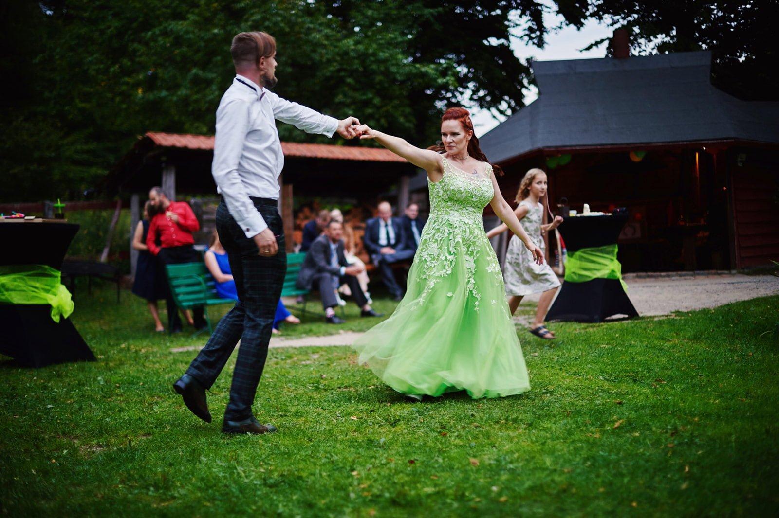 Bezalkoholowe wesele w lesie | Pomorskie | Chatka Gołębiewo 43