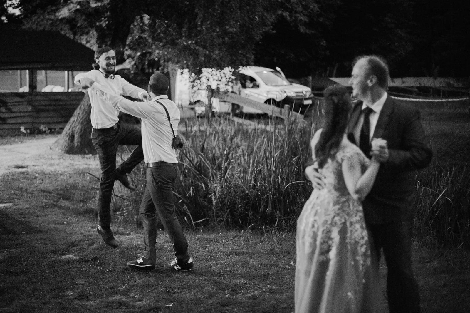 Bezalkoholowe wesele w lesie | Pomorskie | Chatka Gołębiewo 46